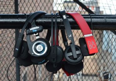 Lightweight Portable Headphones